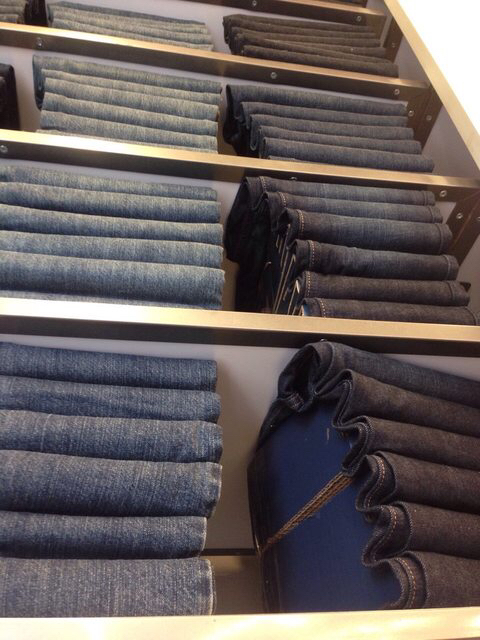 The jeans on the upper shelves are a sham!