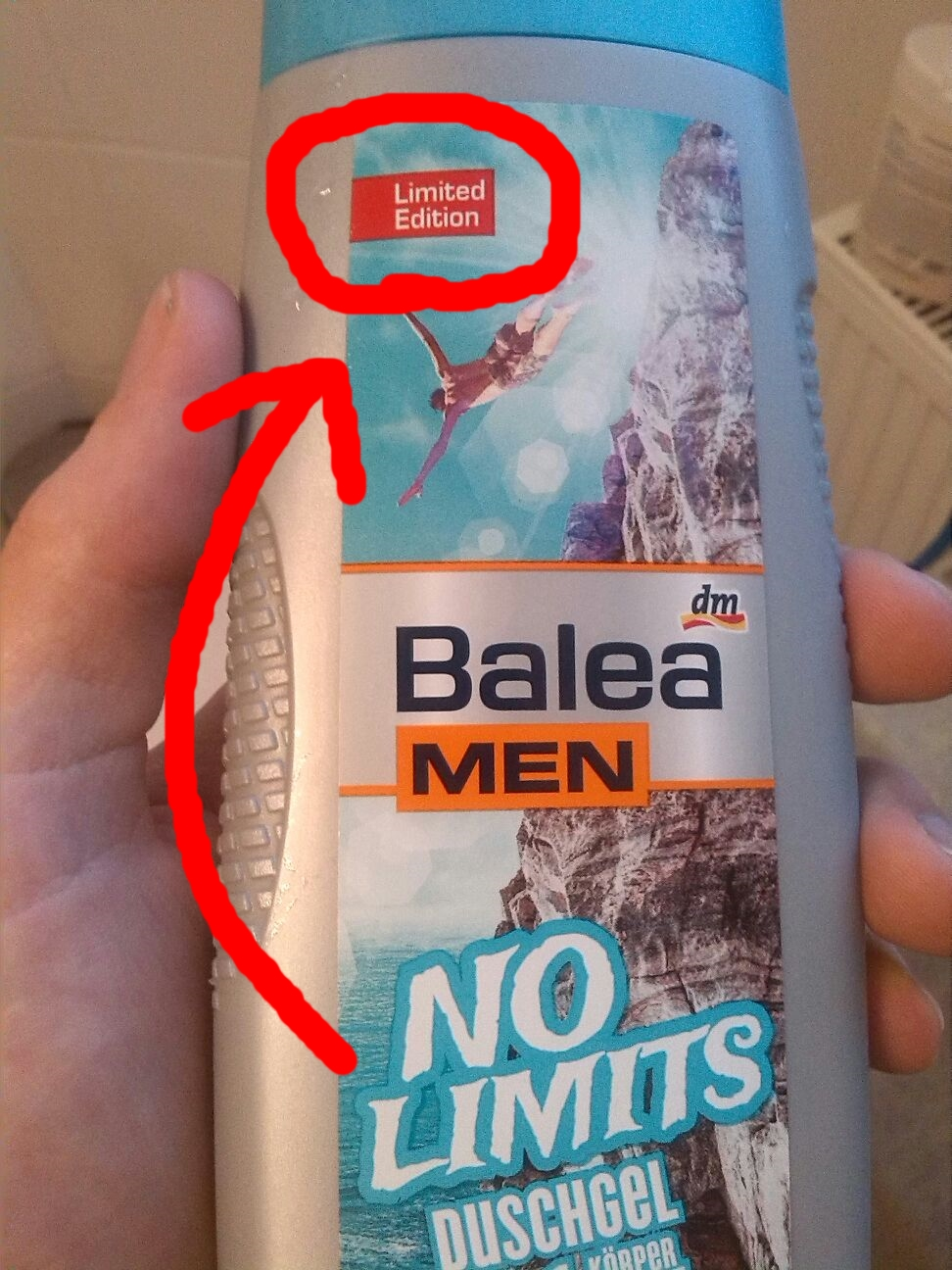 This Shower Gel contradicts itself